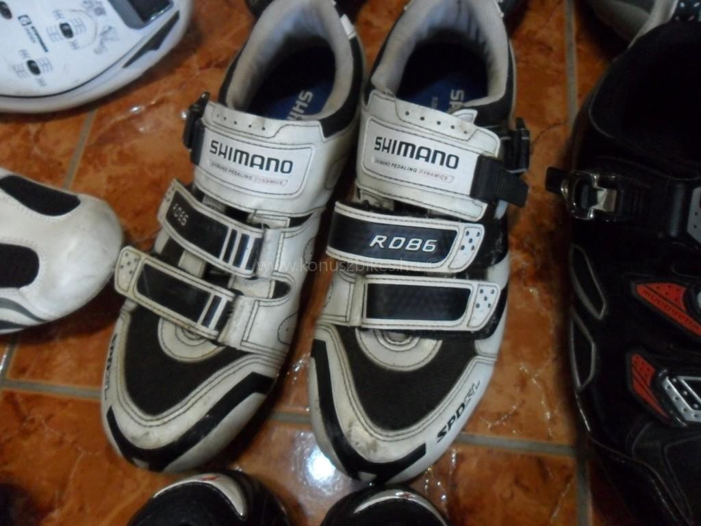 Konuszbikes Országúti cipők